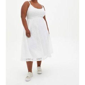 🆕 White Lace Handkerchief Skater Midi Dress 3X 22